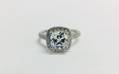 1.00ct diamond set solitaire with a cushion cut...