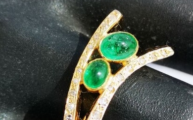 18 kt. Yellow gold - Ring - 1.00 ct Emerald - Diamonds