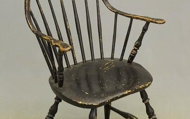 19th c. Continuous Arm Windsor Chair