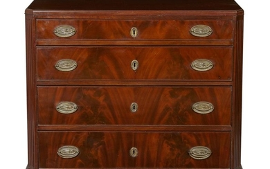 A GEORGE III BACHELORS CHEST OF DRAWERS