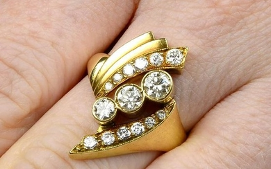 A brilliant-cut diamond crossover ring, with stepped