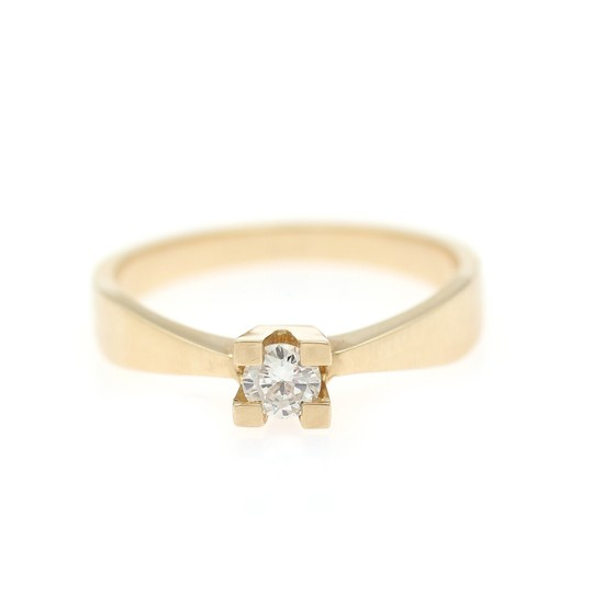 A diamond solitaire ring set with a brilliant-cut diamond weighing app. 0.25 ct., mounted in 14k gold. Weight app. 3 g. Size 56.