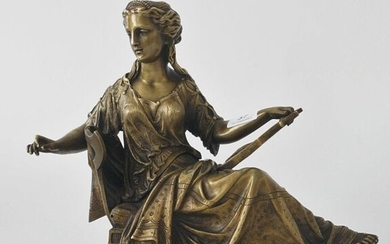 Bronze sculpture of a woman with lyra, first 19th century, dim. 28 x 30 cm.