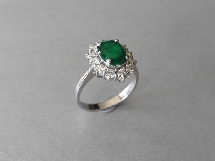 Emerald & diamond cluster ring,2.55ct oval natural emerald...