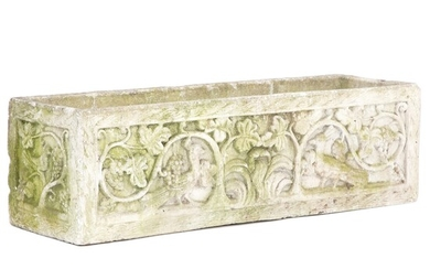 Flower box of artificial stone with foliage and animals in Gothic style. 20th century H. 33 cm. L. 107 cm. D. 34 cm.