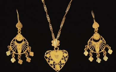 Ladies' High Carat Gold Heart Pendant on Chain and Pair of Earrings