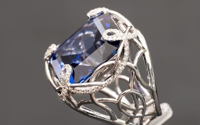 Large Sapphire Diamond Ring - 14 kt. White gold - Ring - 34.24 ct Sapphire - 0.64 carat Diamonds D VS