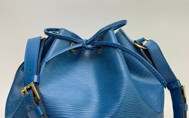 Louis Vuitton - PETIT NOE DrawstringEpi Blue Shoulder bag