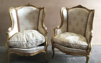 Pair of Moulded, carved and gilded wooden shepherdesses with ears. Louis XV style.