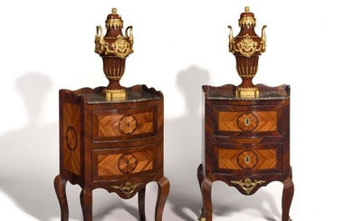 Pair of rosewood and violet wood bedside tables opening with three drawers, resting on arched legs, grey marble top with scalloped edge. (accidents and missing parts, including two lock entries). Italy, mid 18th century. H : 77 cm, W : 47 cm, D : 34 cm