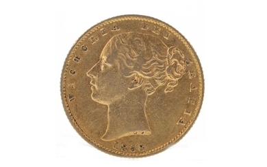 QUEEN VICTORIA (1837 - 1901) SOVEREIGN DATED 1858