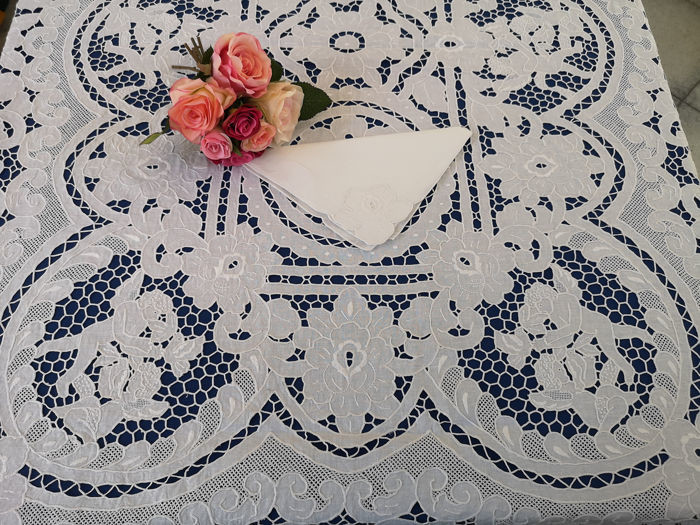 Spectacular tablecloth x12 large size 170x375 cm in linen with embroidery Intaglio and full stitch - Linen - After 2000