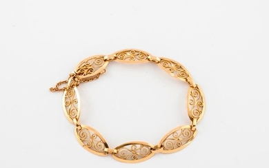 Yellow gold bracelet (750) with filigree mesh.