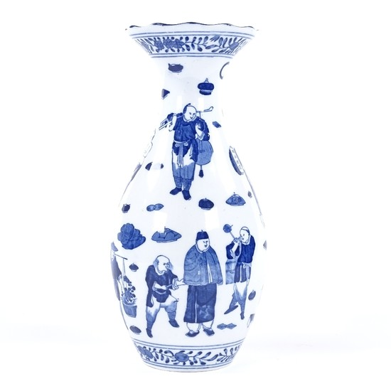 A Chinese blue and white porcelain vase, with flared rim and...
