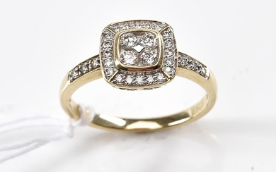 A DIAMOND CLUSTER RING TOTALLING 0.34CTS, IN 9CT GOLD, RING SIZE O, 2.4GMS