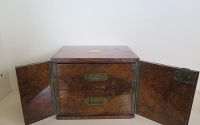 A good quality late Victorian/Edwardian walnut humidor with ...