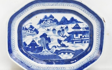 An early 19th century Chinese Export porcelain blue and...