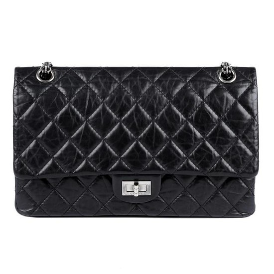 CHANEL - a 2.55 Reissue Quilted Classic Flap 226
