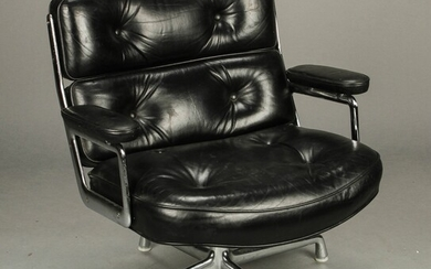 Charles and Ray Eames for Herman Miller, chair model ES-105