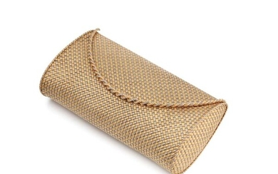 Important minaudiere in two-tone 18K (750/1000) gold with braided mesh, with a mirror. Small accidents.