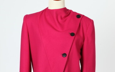 KASPER FUCSHIA BLAZER WITH ASYMERTRICAL BUTTONS AND GARFIELD MARKS RED...