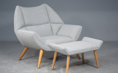 Kurt Østervig. 'Easy Chair' lounge chair with footstool (2)