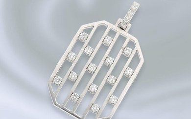 Pendant: very solidly manufactured, white gold brilliant/goldsmith pendant,...