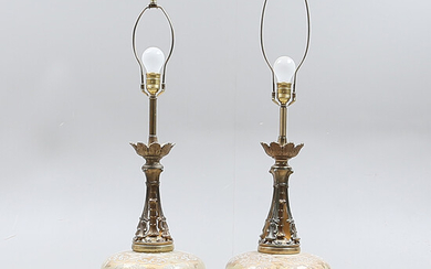 TABLE LAMPS, 1 pair, glass / metal, 1900s.