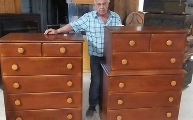 2 Maple chest of drawers need restoration