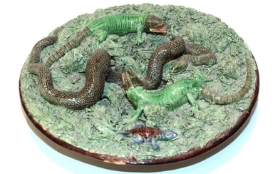 A Pallisy ware dish depicting snakes and lizards