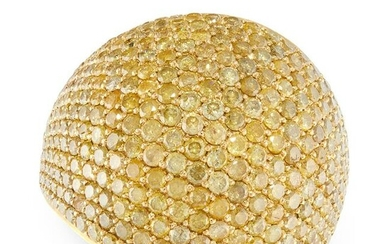 A YELLOW DIAMOND BOMBE RING in 18ct yellow gold, pave