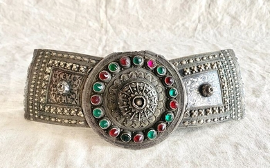 A museum quality belt buckle - silver and niello - Sterling silver 925 - Middle eastern artist - Museum quality belt buckle - Middle East - Caucasus - Late 19th century