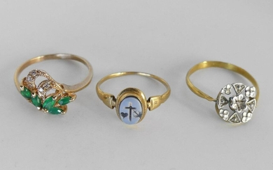 LOT of three gold rings, one deformed. Gross weight 4 g