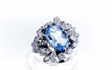 Lilo Diamonds - AIG Certificate - 14 kt. White gold - Ring - 4.10 ct Natural Aquamarine - Diamond, 2.50 D-G/VVS