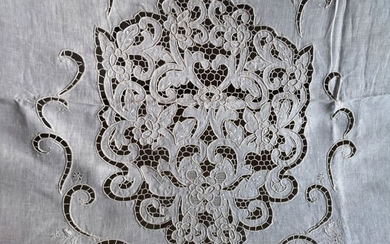 Linocon curtain with hand carving embroidery - 267 x 300 cm - Linen - 21st Century, 21st Century