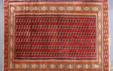 A GOOD LARGE BOKHARA CARPET, MID 20TH CENTURY, red