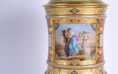 A LARGE EARLY 20TH CENTURY VIENNA PORCELAIN VASE AND