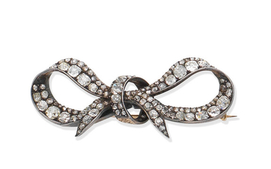 A late 19th century diamond bow brooch