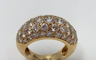 RING RING in yellow gold (750) paved with brilliant-cut diamonds....