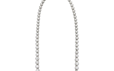 Important necklace in white gold and brilliant cut diamonds