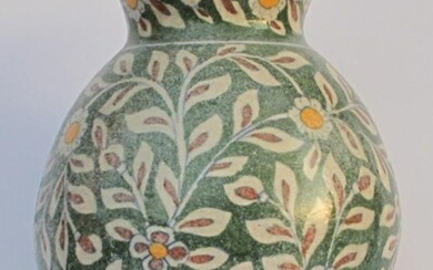 Large Persian pottery vase 19thc. or earlier GC3A