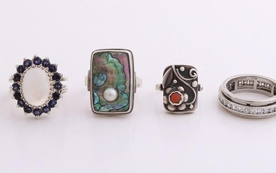 Lot with 6 silver rings, including markesite, onyx
