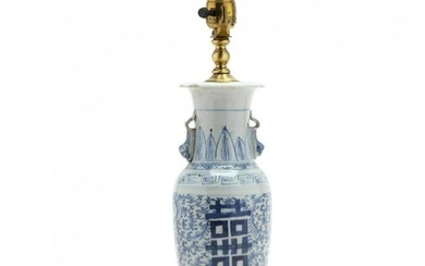 A Chinese Blue and White Porcelain Vase Lamp