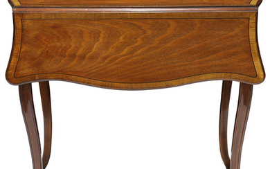 A Federal style mahogany marquetry decorated pembroke table