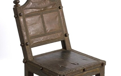 A WOODEN, LEATHER AND METAL CHAIR, 'ASIPIM'