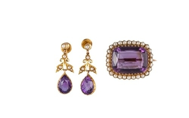 AN ANTIQUE AMETHYST AND PEARL BROOCH, the rectangular amethy...