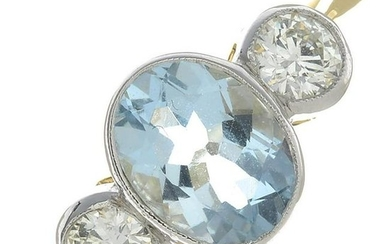 An aquamarine and diamond ring.Aquamarine calculated