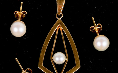 EARRINGS, and pendant with pearl, 18k gold, partly Alton, Falköping, 1965.
