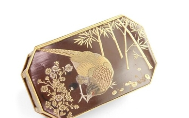 FRENCH GOLD-MOUNTED JAPANESE LACQUER SNUFF BOX - French exq...
