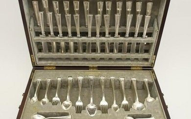 JE Caldwell Cased Sterling Silver Flatware Service for
